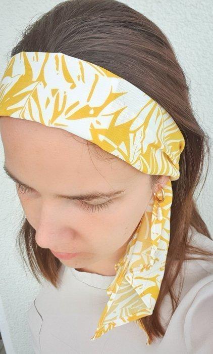 Mund-Nasenschutz als haarband gelb